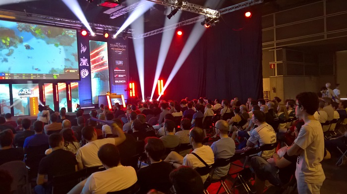 Day 3 crowd at Dreamhack Valencia 2017